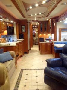 2008 Country Coach Affinity CUSTOM 700