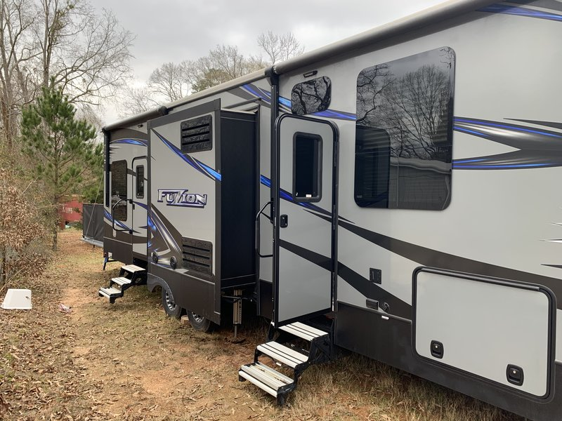 Used Rvs For Sale In Texas By Owner >> 2017 Keystone Fuzion 345 For Sale Longview Tx