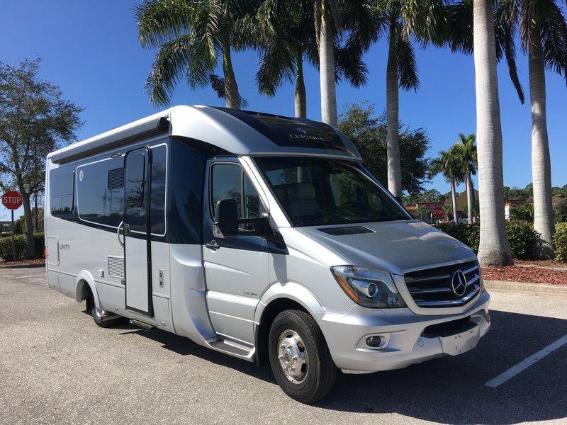 2019 Leisure Travel Vans Unity U24TB twin bed, Class B+ RV ...