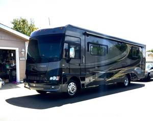 2010 Winnebago Adventurer 2010WFJ35P