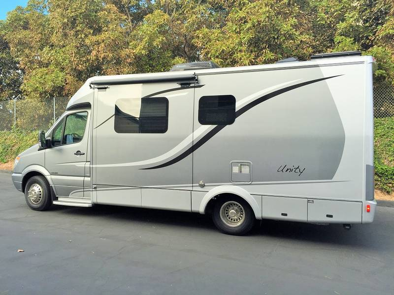 2013 Leisure Travel Unity 24mb Class B Rv For Sale By
