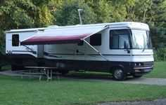 2002 Winnebago Adventurer M-35U Workhorse