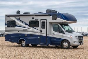 2022 Dynamax Isata 3 Series 24RW