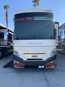 2022 Newmar London Aire 4551