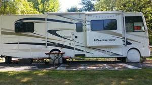 2011 Four Winds Windsport 31D