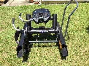 Blue Ox Super Ride 5th Wheel Hitch