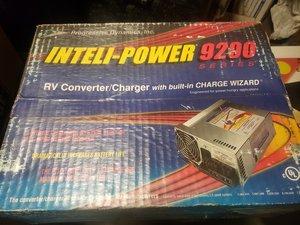 INTELIPOWER PD9260cv RV ConverterCharger